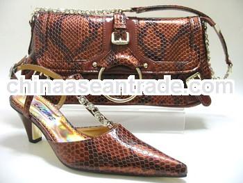ITALIAN MATCHING SHOES AND BAGS TO MATCH WOMAN