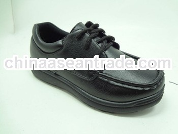 man injection shoe